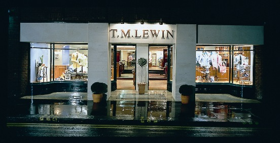New_Photo_of_TMLewin's_Jermyn_Street_store_at_night